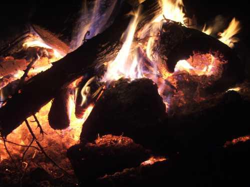 solstice-bonfire-2006.jpg