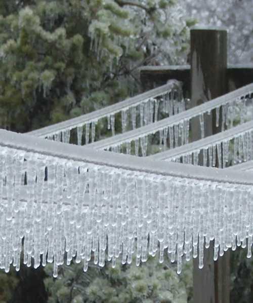ice-storm-clothesline.jpg