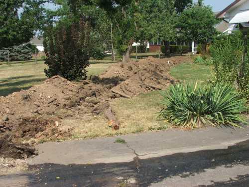 15aug-2007-plumbing-trench.jpg